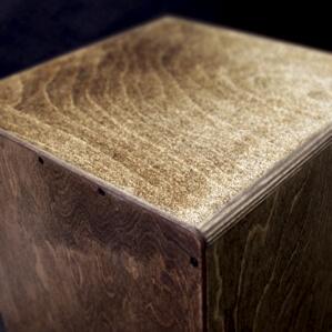CHAANYカホン「Nazca」 滑り止め塗装を施した座面